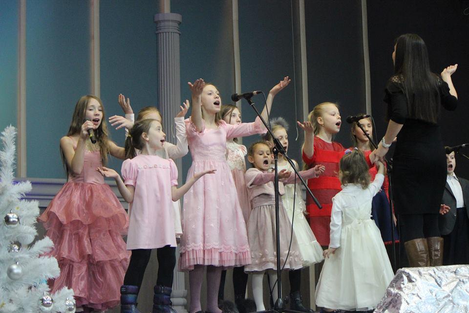 «Рождественский фестиваль детской песни»