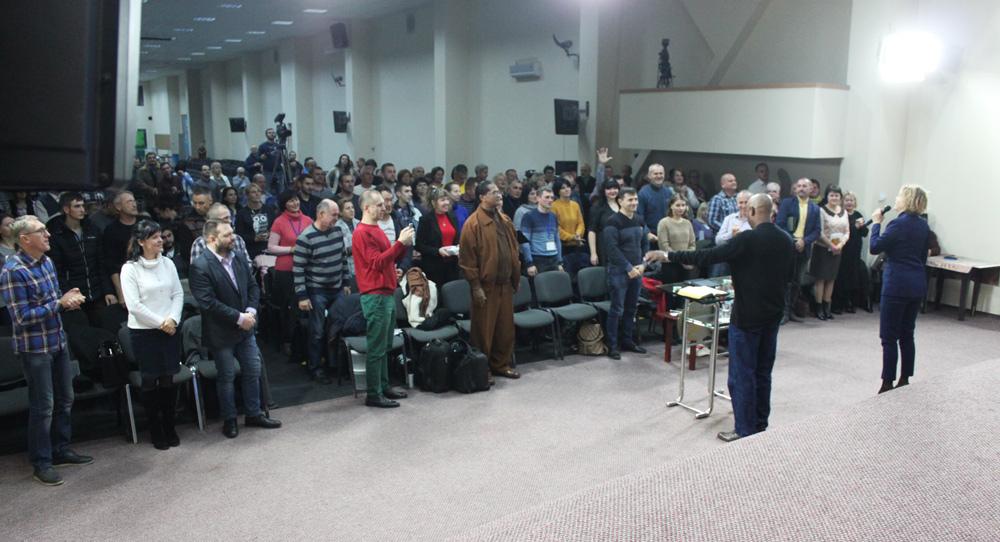 Кит Батлер стал основным спикером на «Конференции веры» в Киеве